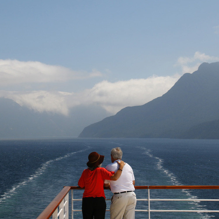 New Zealand Package Tours For Active Seniors
